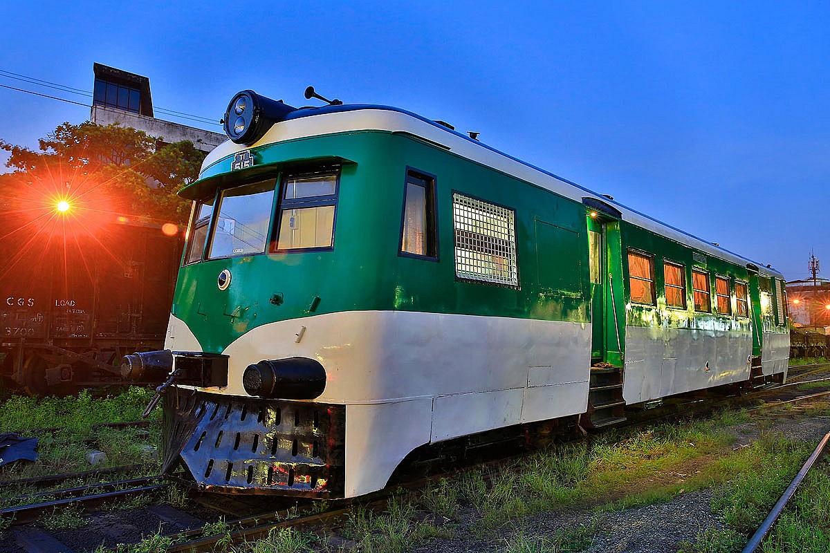T1 Rail Car